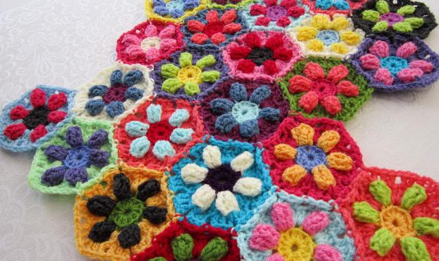 Puffed Daisy Hexagons