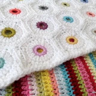 Eyelet Hexagon